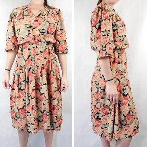✨VTG✨ 80s Floral Midi Dress
